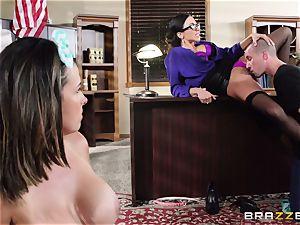 Ariella Ferrera takes a dose from Danica Dillans boy