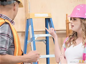 Dolly Leigh humped on the job
