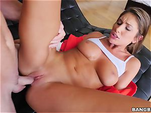 OMFG! I spotted my step-sister August Ames finger-tickling her muff, and I want to fuck her