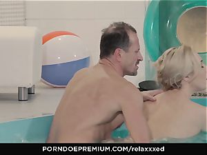RELAXXXED - Victoria Summers jizm covered in spa fuck