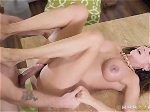 Ariella Ferrera getting jammed in her ravage slot