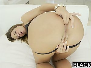 blinding Jada Stevens prepped for ample trunk in her butt