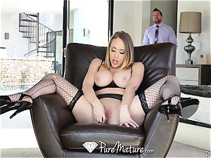 sexy housewife sexual duties