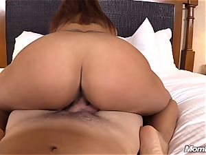 red-hot Latina inexperienced cougar first timer