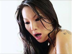 fabulous asian Asa Akira produces the ideal massage