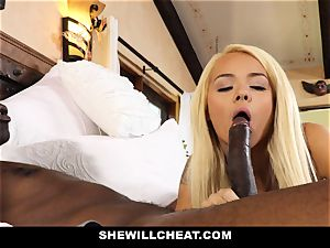 SheWillCheat cheating wifey absorbs ebony meatpipe
