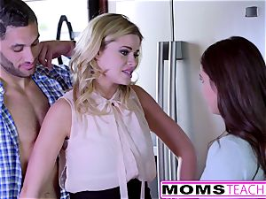Jessa Rhodes Caught Seducing teenagers beau