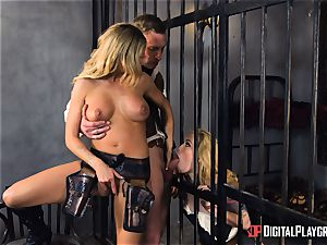 Western gash pulverizing with Jessa Rhodes and Misha Cross