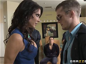 Criminals wifey Jessica Jaymes boinked by a super-steamy cop