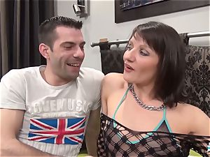 La Cochonne - Mature French unexperienced loves bum going knuckle deep