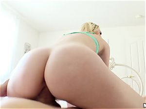Lily Rader caught messing with her cooter hole