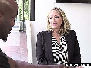 SHEWILLCHEAT - ultra-kinky Real Estate Agent smashes bbc