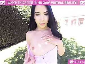 VR pornography - beautiful girl Dee take a ginormous weenie in the park