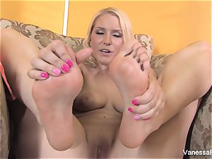 sole fetish joy with super-cute blond Vanessa cell