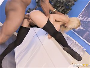Alexis Fawx penetrated by ample big black cock