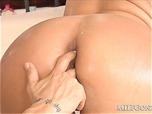 MILFGonzo giant blonde cougar Phoenix Marie gets anally plowed