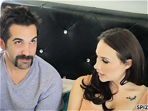 Spizoo - watch Chanel Preston blowing and drilling