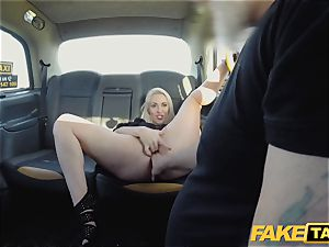 faux cab blondie mummy Victoria Summers screwed in a cab