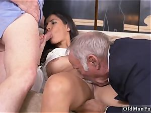 Mature seduces young girl Going South Of The Border