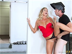 warm wife Samantha Saint pokes her spouses step-brother